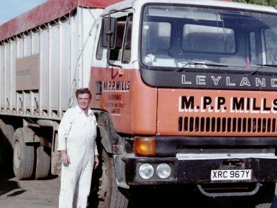 alrewas_mill_lorries_3.JPG