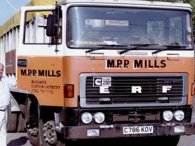alrewas_mill_lorries_6.JPG