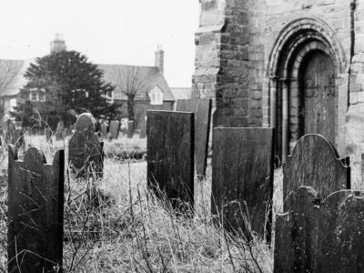 all_saints_church_exteriors_churchyard_4.jpg